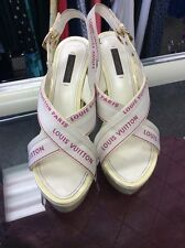 100% AUTH LOUIS VUITTON WHITE IVORY PINK PLATFORM WEDGE SANDALS HEELS 38.5 8 8.5