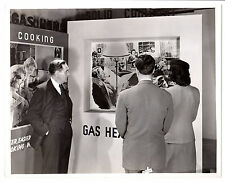 Great Vintage photo Natural Gas Advertising heating cooking life made easier