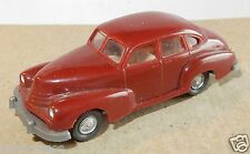 MICRO WIKING HO 1/87 OPEL KAPITAN 51 ROUGE BRIQUE