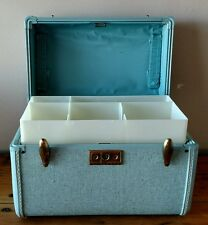 Vintage Samsonite Streamlite Baby Blue Train Case Makeup Cosmetic