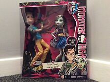 BNIB Monster High Picnic casket for 2 dolls pack Frankie Stein & Jackson Jekyll