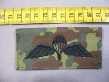 Bundeswehr Fallschirmspringerabzeichen England in schwarz auf flecktarn, GB/ UK