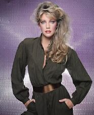 Heather Locklear UNSIGNED photo - H2878 - GORGEOUS!!!!!