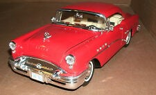 1/18 Scale Buick Century Diecast Model - 1955 Buick V8 Hardtop Replica Die Cast
