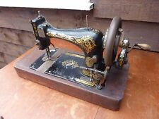 Vintage Singer Sewing Machine 28K Hand Cranked For Spares Or Display Collectable