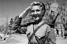 WW2 Photo WWII Russian Female Soldier Salutes World War Two Russia  / 1229