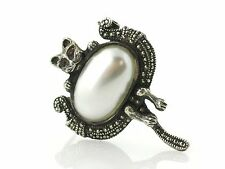 Vintage Sterling Silver Marcasite/Pearl Beautiful Cat Brooch/Pin