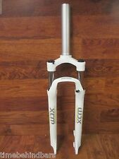 SUNTOUR XCM 1 1/2 X 8  29 INCH 80MM SUSPENSION DISC BRAKE FORK WHITE GREEN