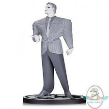 Batman Black And White Joker Statue Frank Miller Dc Collectibles