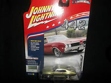 JOHNNY LIGHTNING 1/64 2016 MUSCLE CARS RELEASE 2 C GREEN 1969 OLDS CUTLASS 442