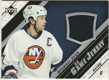 2005-06 UPPER DECK MICHAEL PECA NY ISLANDERS GAME USED JERSEY CARD #J MPe
