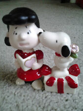 "LENOX  ""SNOOPY STEALS A KISS"" with LUCY VALENTINES DAY PORCELAIN FIGURE mint box"