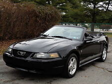 Ford: Mustang CONVERTIBLE LOADED!