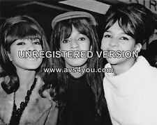 "The Ronettes 10"" x 8"" Photograph no 45"