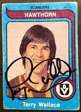 1980 SCANLENS VFL CARD PERSONALLY SIGNED BY TERRY WALLACE HAWTHORN