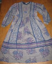FABULOUS 1970'S/80'S VINTAGE INTERLINKS GREY AND BLUE FLORAL DRESS SIZE L