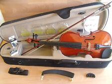 Palatino CR1501 violín y Estuche paquete de arranque 4/4 Tamaño completo traje se ve sin jugar