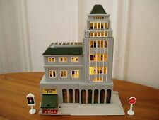 Micro Machines City Scenes Police Station Light Up Playset Base Lumière Building