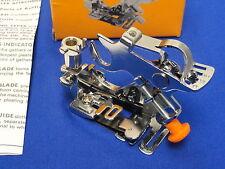 Ruffler attachment foot works on bernina machine à coudre, 707 730 830 801 807 930
