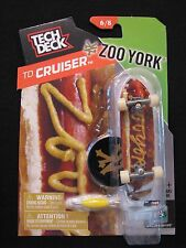 NEW! TECH DECK TD Cruiser Zoo York 6/8 Finger board Display Stand