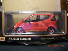 maisto 1/18 mercedes-benz A class 1997 in red