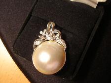 Vintage Grade A Luster Mabe Pearl 1.25 inch Fine 4C Diamonds White Gold Pendant