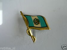 PINS,SPELDJES 50'S/60'S COUNTRY FLAGS 32 GUATAMALA VINTAGE VERY OLD VLAG