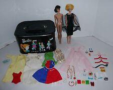 VINTAGE 1960'S #5 BARBIE,& BUBBLECUT BARBIE DOLLS W/CLOTHES,ACCESS. & CASE