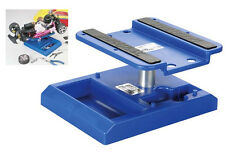 Duratrax DTXC2370 Pit Tech Deluxe Car Stand Blue 1/10 - 1/18 Scale Vehicles
