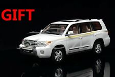 Car Model Toyota Land Cruiser LC200 1:18 (White) + SMALL GIFT!!!!!