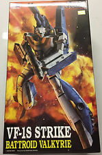 1/72 Macross VF-1S Strike Battroid Valkyrie Model Kit - New in Box