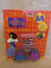NEW DISNEY POLLY POCKET THE HUNCHBACK OF NOTRE DAME ONCE UPON A TIME LOCKET