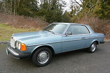Mercedes-Benz: 300-Series DIESEL COUPE