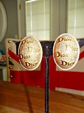 SALE!~STUNNING VINTAGE 80`S DIOR FASHIONISTA GOLD TONE CLIP EARRINGS