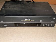 TOSHIBA 4 HEAD VCR VHS PLAYER MODEL W-422 TESTED WORKS BLACK USED NO REMOTE