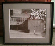 VINTAGE WILLIE MAYS AUTO SIGNED PHOTO THE CATCH FRAMED COA VERY RARE GIANTS