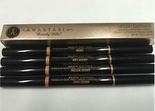 ANASTASIA BEVERLY HILLS Brow Definer (Medium Brown)