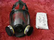 NEW NORTH 5400 SERIES 54001 MEDIUM LARGE FULL FACE MASK RESPIRATOR WITH FILTERS