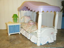 BARBIE SIZE LITTLE TIKES CANOPY BED WITH NIGHT STAND & ACCESSORIES