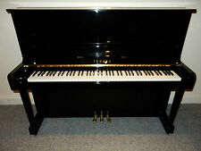 YAMAHA U1 UPRIGHT PIANO. MADE IN THE MID 1970'S. AMAZING SOUND AND TOUCH