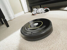 iRobot Roomba 650 Vacuum Cleaning Robot All Floors Pets R650020 BRAND NEW!