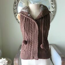 Cable Knit Brown Faux Fur Hoodie Hooded Knit Vest, Pom Poms. XS / Small EUC