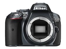 NIKON D5300 DSLR CAMERA BODY 8GBCARD/CAMERABAG/BATTERY&CHARGER/NECKSTRAP (SMP2)