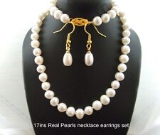 New freshwater pearls necklace and earrings set.