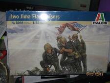 Italeri WWII IWO JIMA Marines Landing-1/72 Scale-FREE SHIPPING