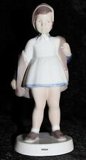 "BING&GRONDAHL / ROYAL COPENHAGEN FIGUR #2387  ""MISS CHARMING"" TOP 1. WAHL"