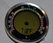 Caliber 4R Digital meets analog Hygrometer for your cigar humidor