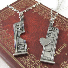 2pcs Couple Lover Herz Halskette mit Doctor Who Tardis Police Box Anhänger MIDE