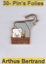 Pin's Folies ** Arthus Bertrand Chocolat Cote d'or Elephant Elefant