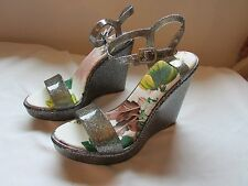 NWB Qupid Grand-01 Pewter Glitter PVC Wedges size 6 (runs half size small)